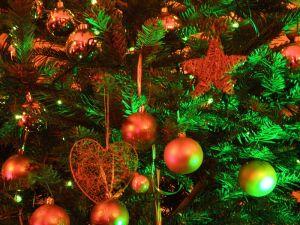 800px-Christmas_tree_2008