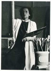 Evelyn Gibbs. Image courtesy of Goldsmiths Library Special Collections & Archives.